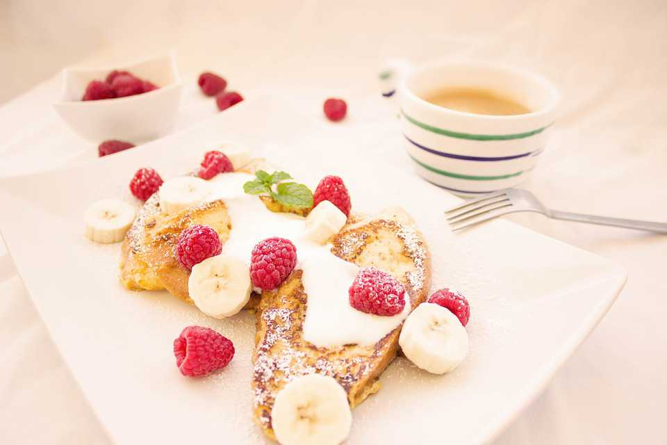 Toast Berries Breakfast Banana - Poster kaufen