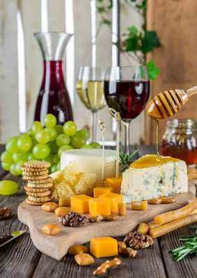Poster Cheese Plate Wine Snacks Gastronomy Nutrition Essen Download
